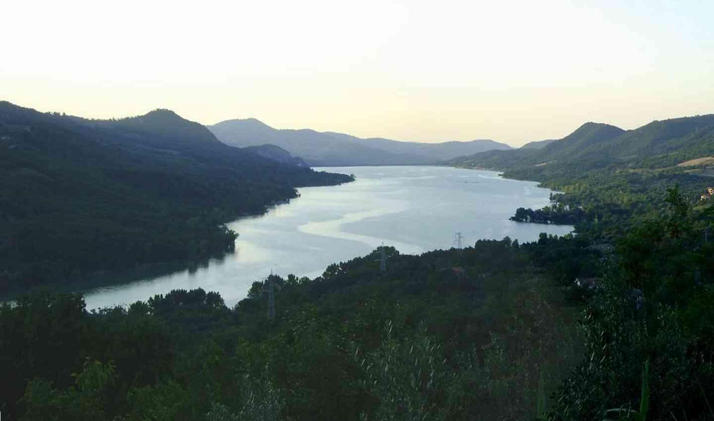 Il lago di Bomba in Abruzzo