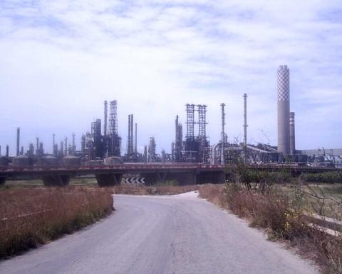 Il petrolchimico di Gela