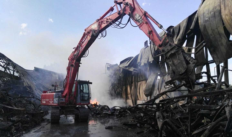 Abruzzo, maxi incendio allo stabilimento Richetti