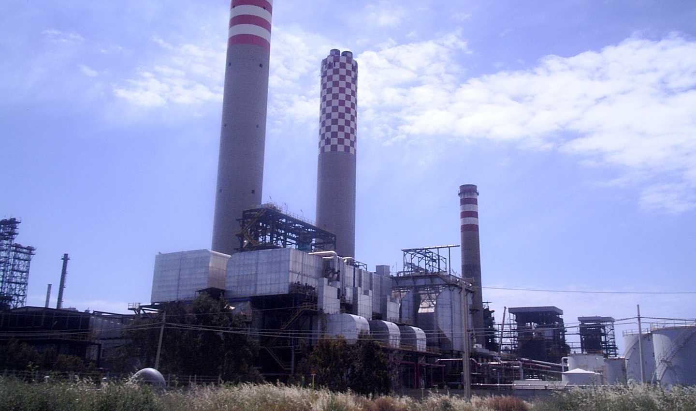 La raffineria verde e il futuro nero di Gela