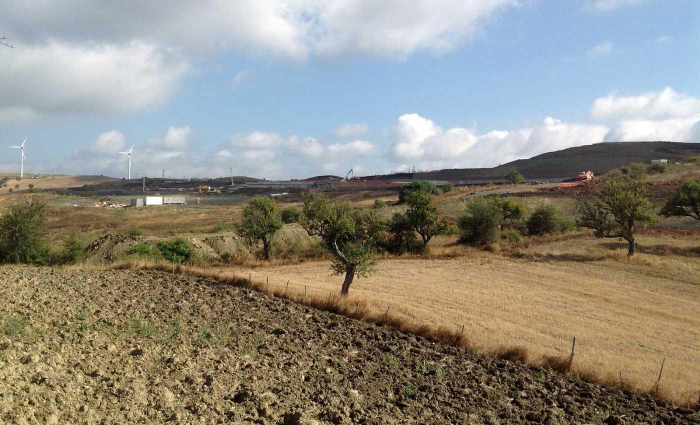 Corleto Perticara, la montagna spianata del progetto Tempa Rossa