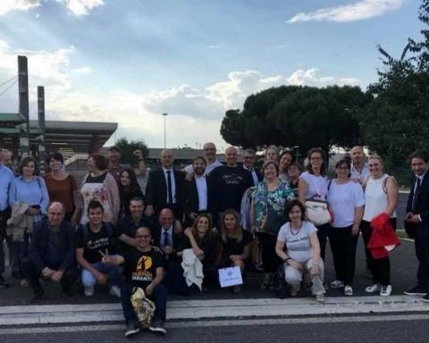 I rappresentanti delle associazioni di Taranto verso il ministero dello Sviluppo economico