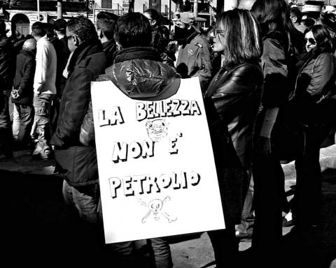 Manifestazione pro-bonifiche a Gela