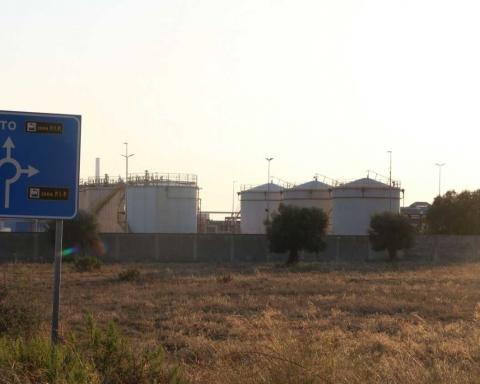 Gli impianti Basile Petroli a Taranto