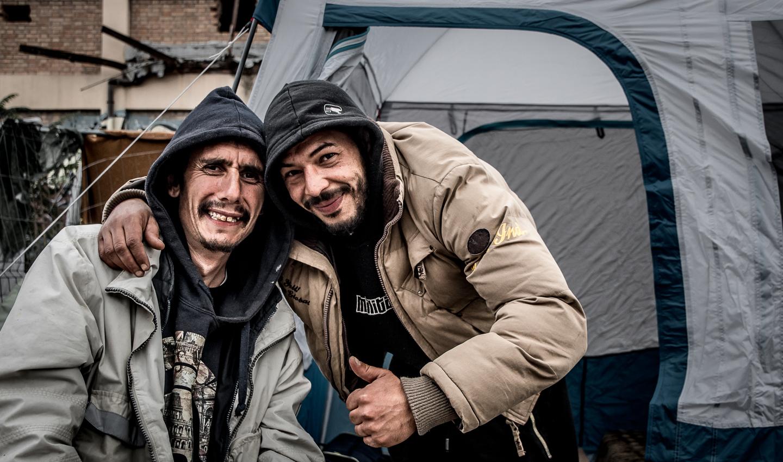 06La-tenda-nuova-di-Omar02.jpg