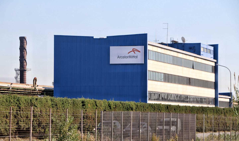 ArcelorMittal e la nuova era di Taranto. Intervista ad un operaio dell'Ilva