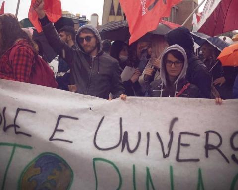 Taranto, manifestazione 4 maggio 2019