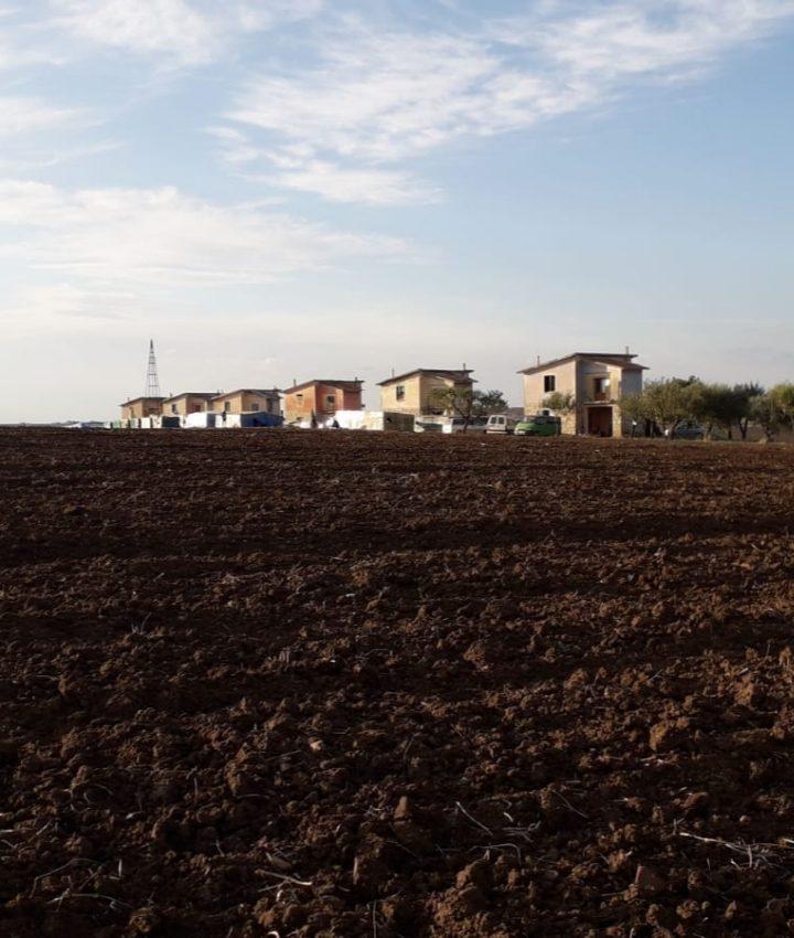 La zona grigia dell'accoglienza: le vite sospese dei migranti in fuga dal caporalato