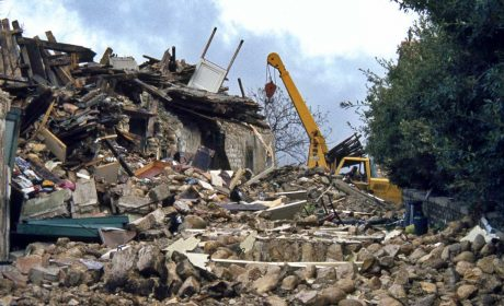 Per una storia sociale del terremoto