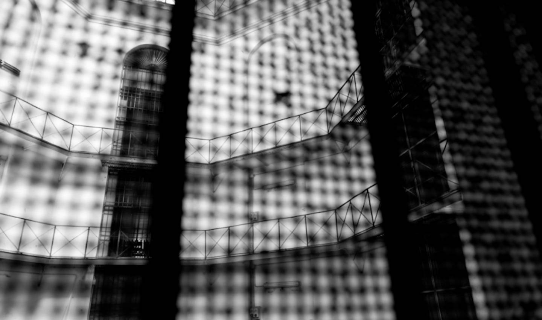 Foto: Inside Carceri, Regina Coeli (2012) / di Pietro Snider per Associazione Antigone e Next New Media